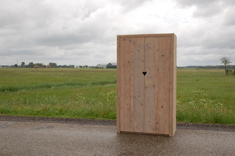 steigerhouten-2-deurs-kast-Iselmar-2