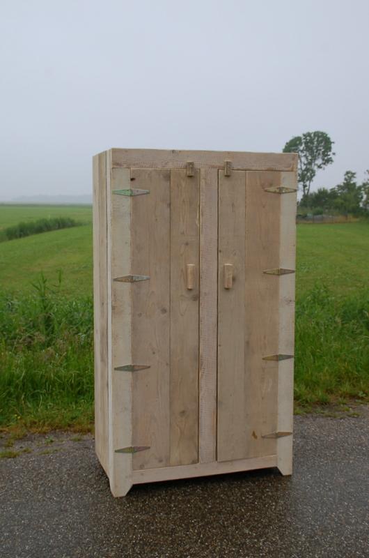 steigerhouten-2-deurs-kast-lije-2